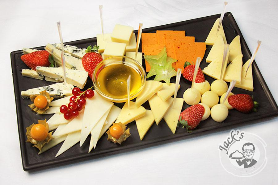 "Assorted ""Fine Cheese Selection"" 480/870 g"