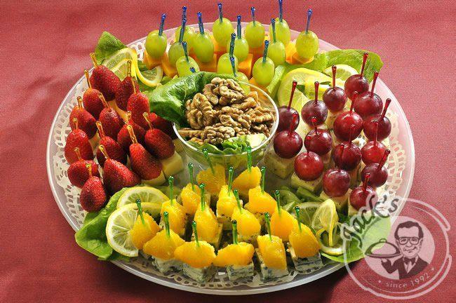 Рецепты канапе из фруктов на шпажках с фото