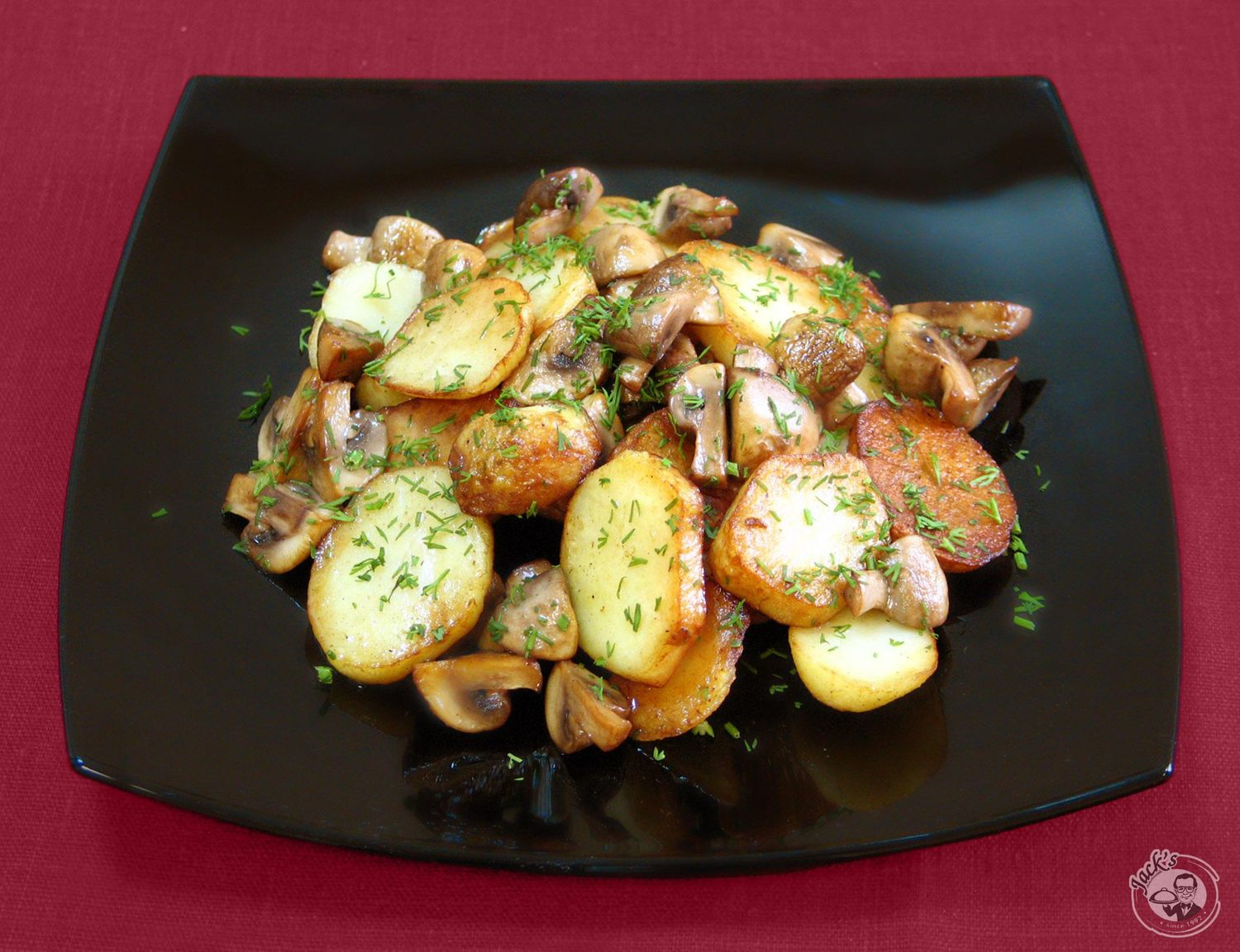 Roasted potatoes with mushrooms