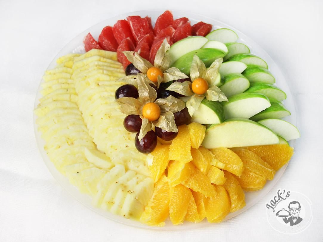 "Assorted Fresh Fruits ""Traditional"" 900/1800/3600 g"