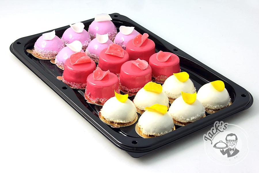 "Assorted Mousse Pastry ""Gift of Cupid"" 18 pcs"