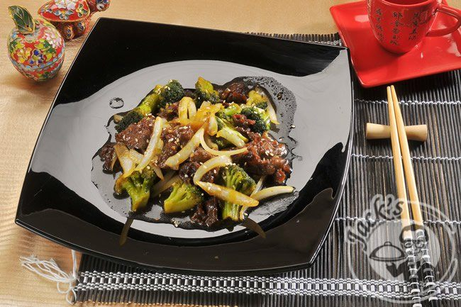 Beef with Broccoli 300g.